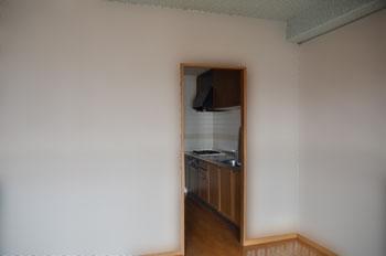 リフォーム前独立型キッチン