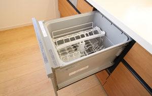システムキッチンのビルトイン食洗機