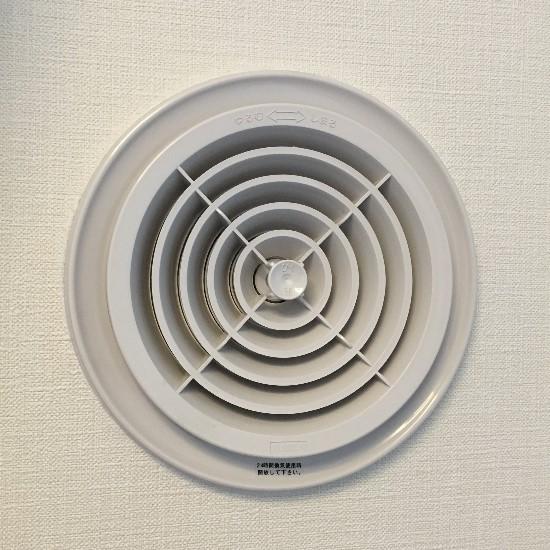 マンションの通気口(円形)